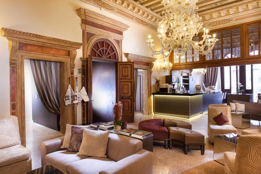 3 Star Hotel In Venice Near Train Station And Piazzale Roma - The-elegance-of-the-arcadia