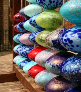 Murano island: why visiting a glass factory in Venice