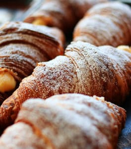 Breakfast in Venice: famous patisserie where having it