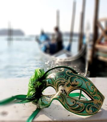 venetian-carnival-masks-where-make-your-own